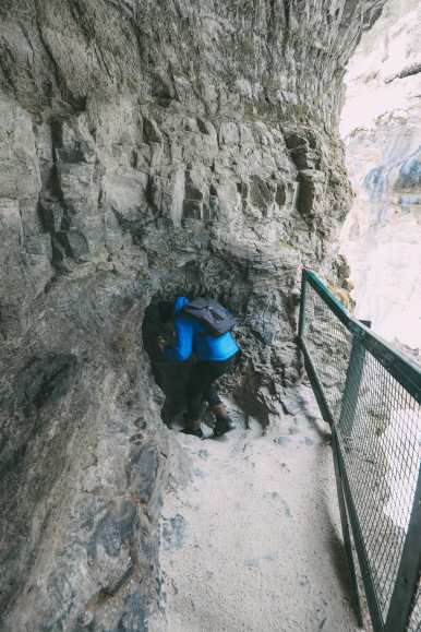 Hiking Johnston Canyon And Seeing The Northern Lights Over Canada (9)