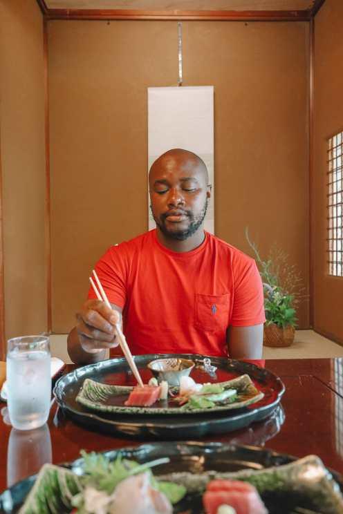 Visiting The Geisha District And Kaiseki Dining In Kanazawa - Japan (15)