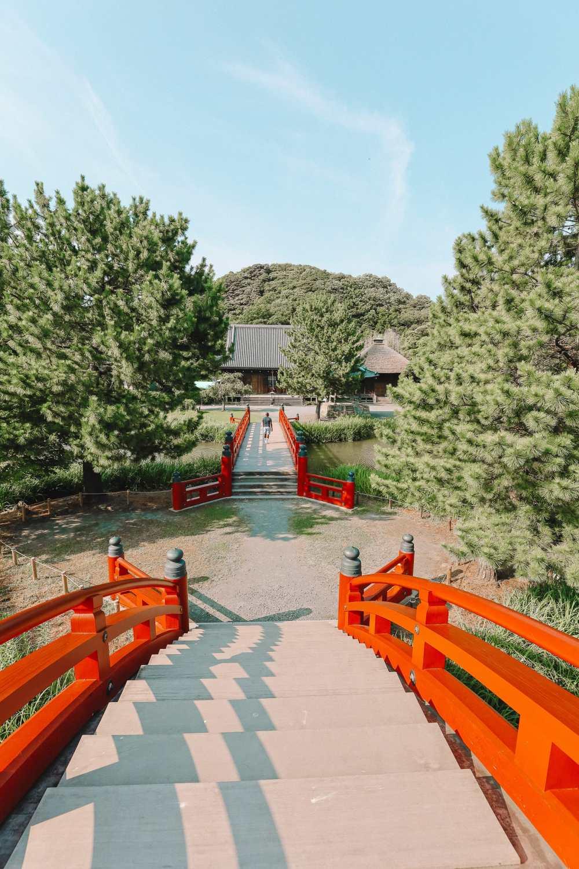 Temple Searching And Traditional Ryokans In Yokohama - Japan (15)