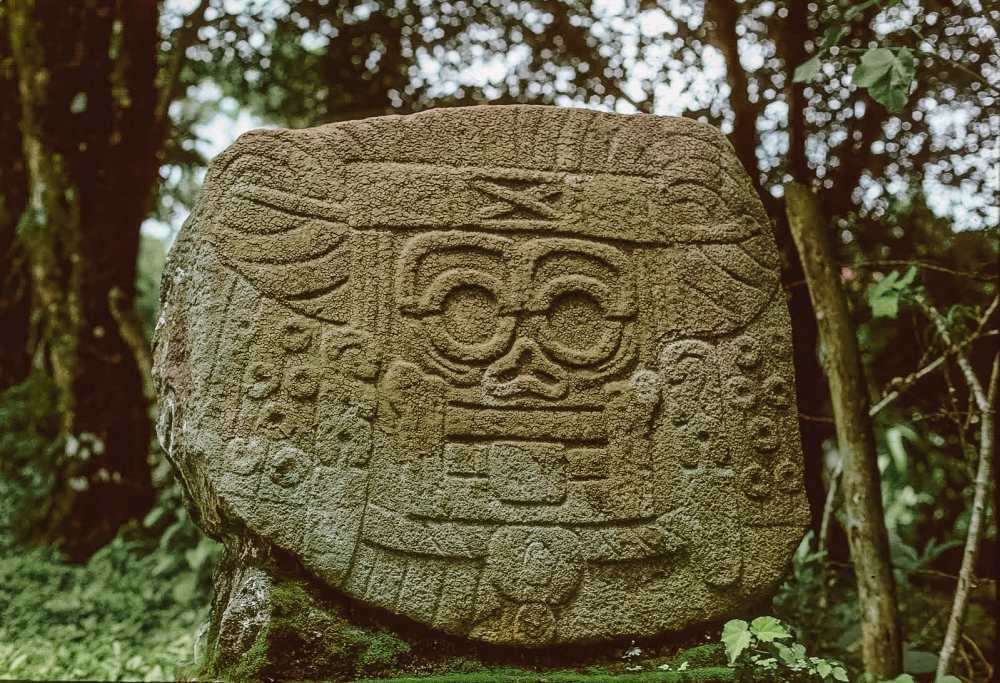 Guatemala Travel: 13 Amazing Mayan Ruins You HAVE To Visit! (8)