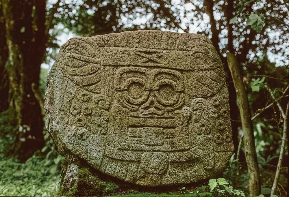 Guatemala Travel: 13 Amazing Mayan Ruins You HAVE To Visit! (8)