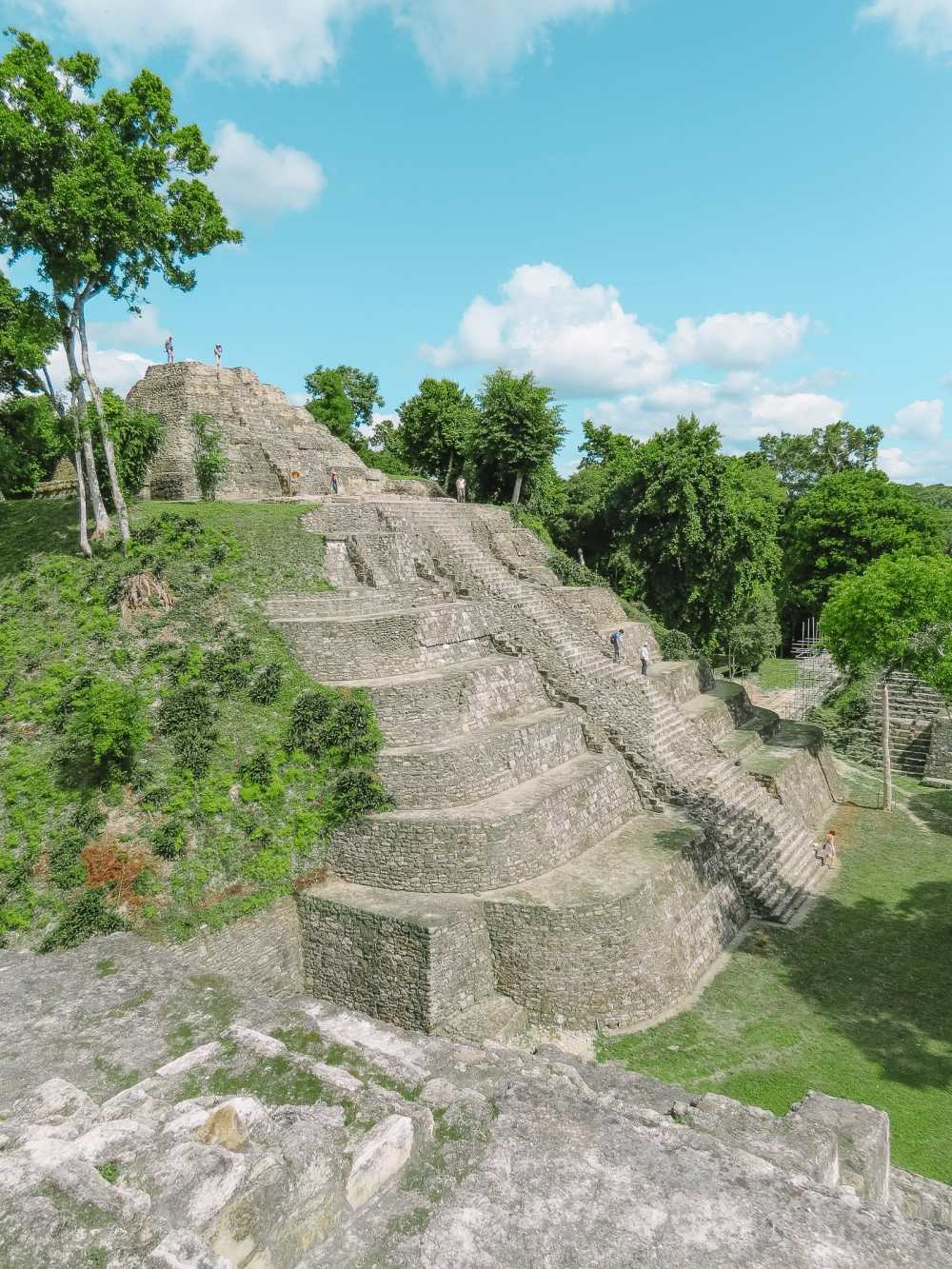 Guatemala Travel: 13 Amazing Mayan Ruins You HAVE To Visit! (16)