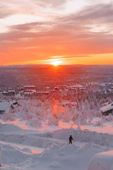 The Northern Lights Village And Star Arctic... In Lapland, Finland (36)