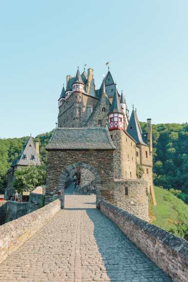 The Gorgeous Little Town Of Beilstein and The Amazing Eltz Castle In Germany (54)