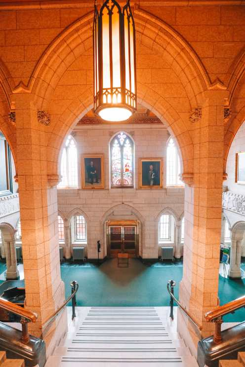 Visiting The Parliament Of Canada (15)