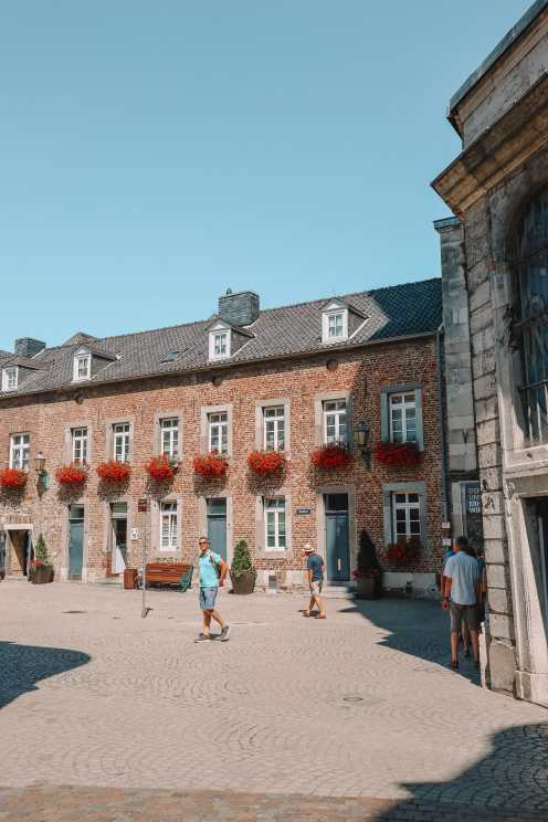 A Morning In German City of Aachen (15)