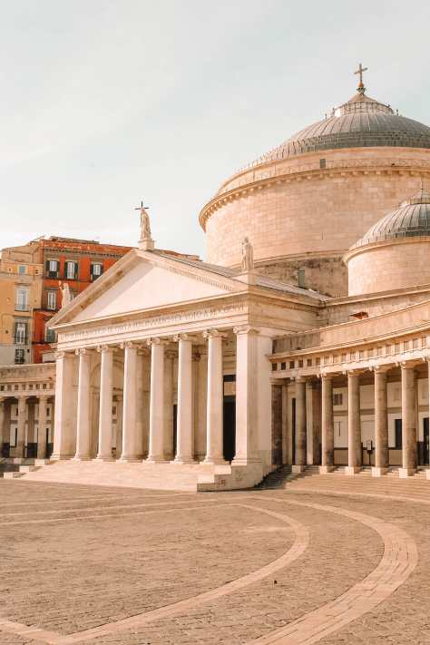 Best Things To Do In Naples (26)