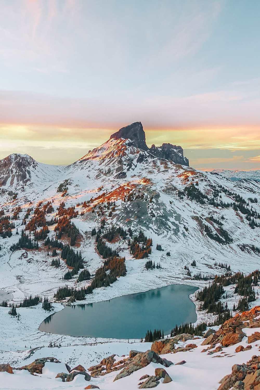 Best Hikes In British Columbia (2)