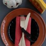 ハロウィンのテーブルコーディネートが100均雑貨とナプキンでおしゃれに♪