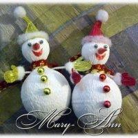 Снеговик с сюрпризом из конфет (МК)