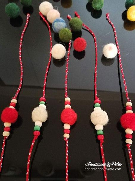 Мартеници с вълнени топчета - handmadebypetra.com