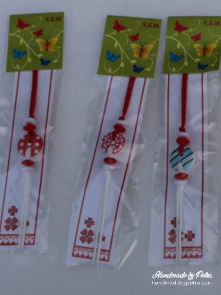 Мартеници за ръка с шарени копчета - HandmadebyPetra.com