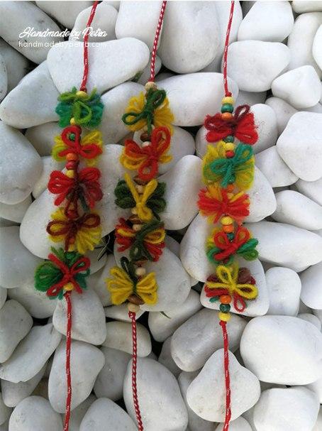 мартеници за ръка с вълнени панделки - handmadebypetra.com