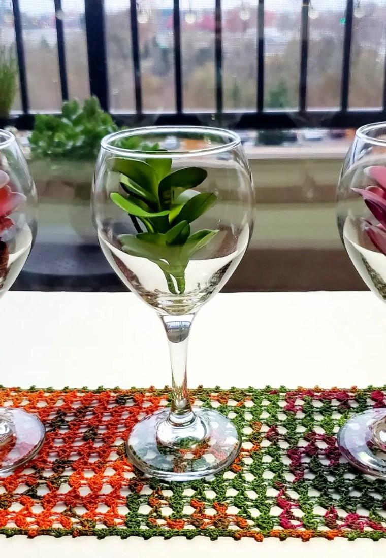 How to crochet Leafy Table Runner