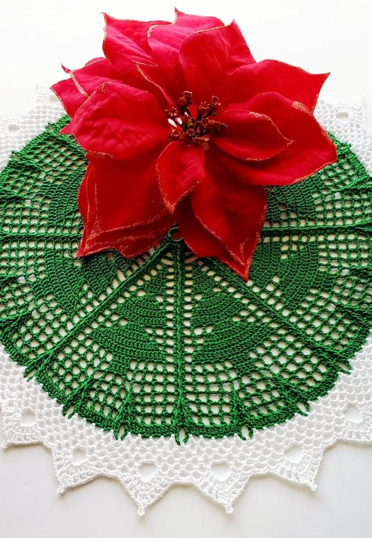 How to crochet Christmas Tree doily