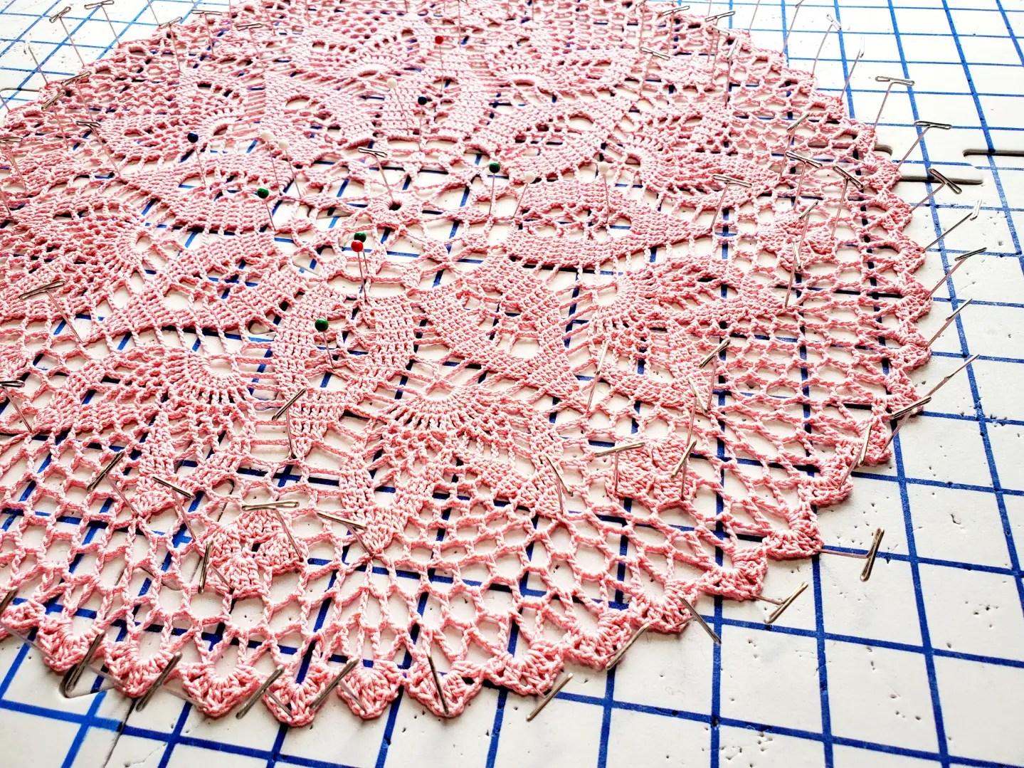 crochet valentine doily