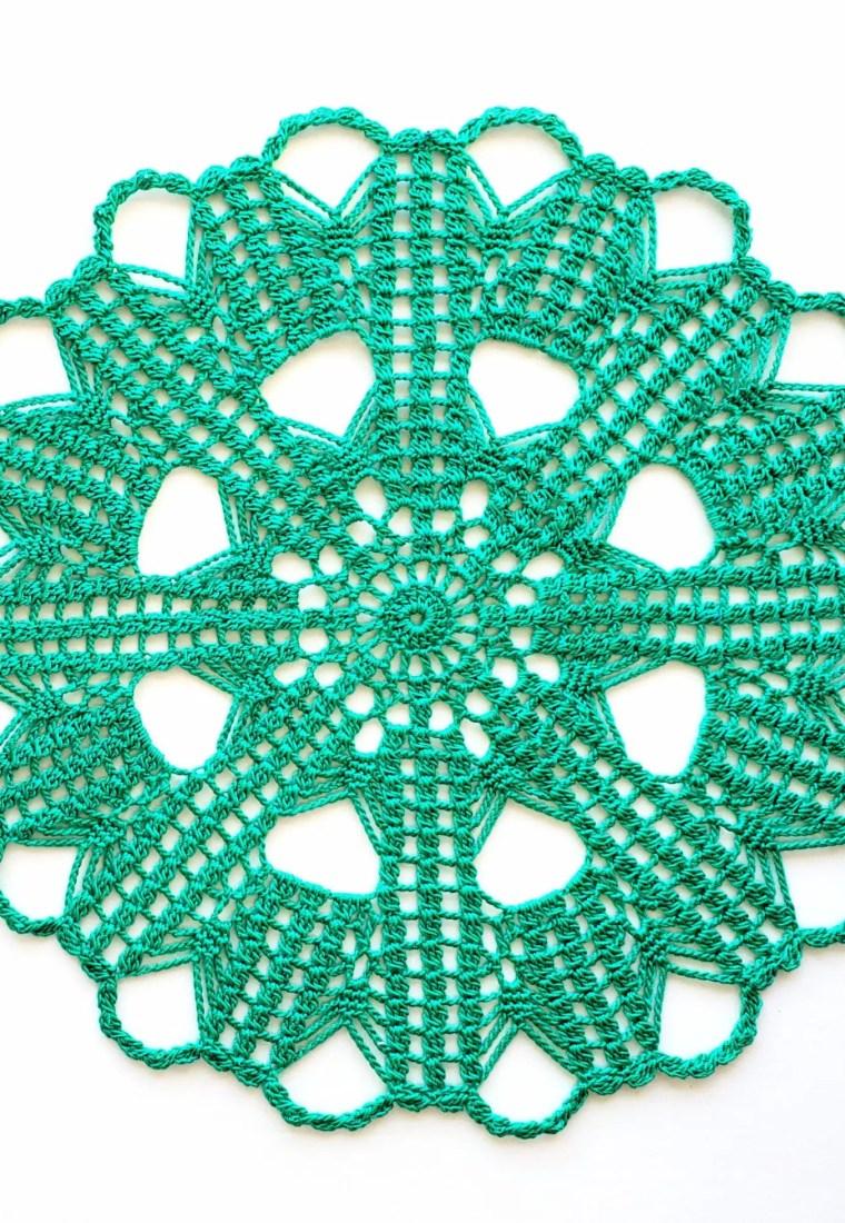 How to crochet Winter Mint Doily