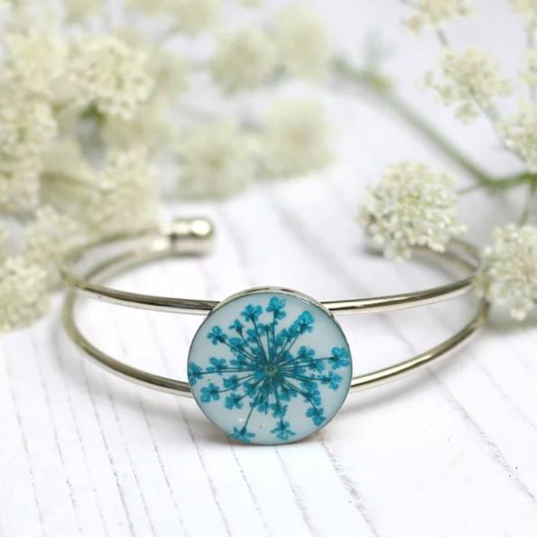 Handmade Teal and White Real Flower Bangle Bracelet
