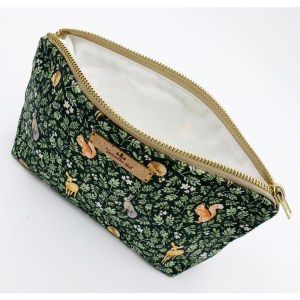 COSMETIC BAGS & ZIP POUCHES