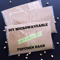 DIY MICROWAVEABLE POPCORN BAGS