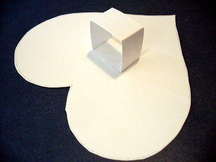 Trái tim giấy với hiệu ứng tường 3D