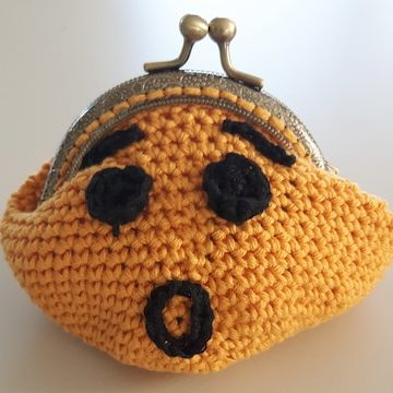 My wondering face purse