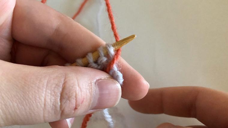 縦に糸を渡す方法