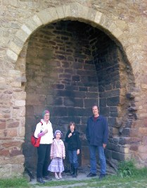 My family in the FIREPLACE !