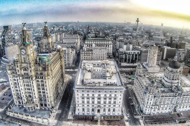 Liverpool Liver Buildings in this picture