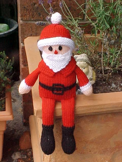Santa-On-The-Shelf-Knitting-Pattern