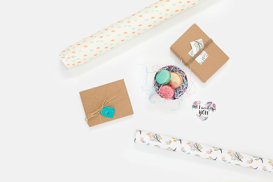 your craft show checklist should include gift wrap