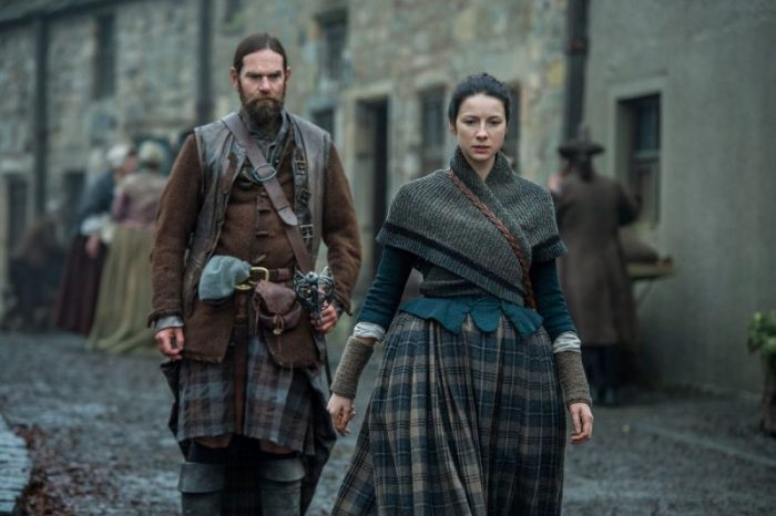 Claire wearing a knitted triangle shawl Outlander knits