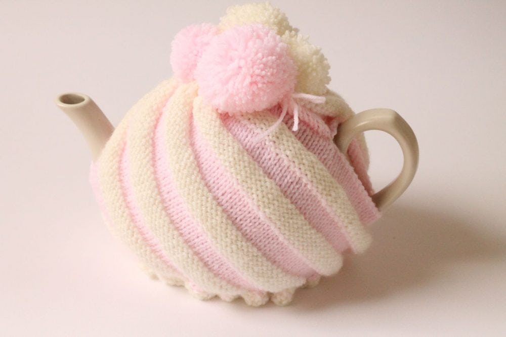ice cream swirl tea cosy