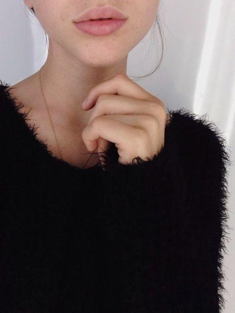 Balck eyelash yarn knit sweater