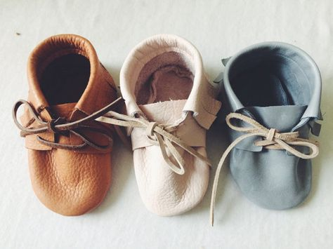 New baby leather shoes