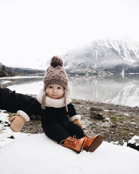 Winter baby snowsuit and hat