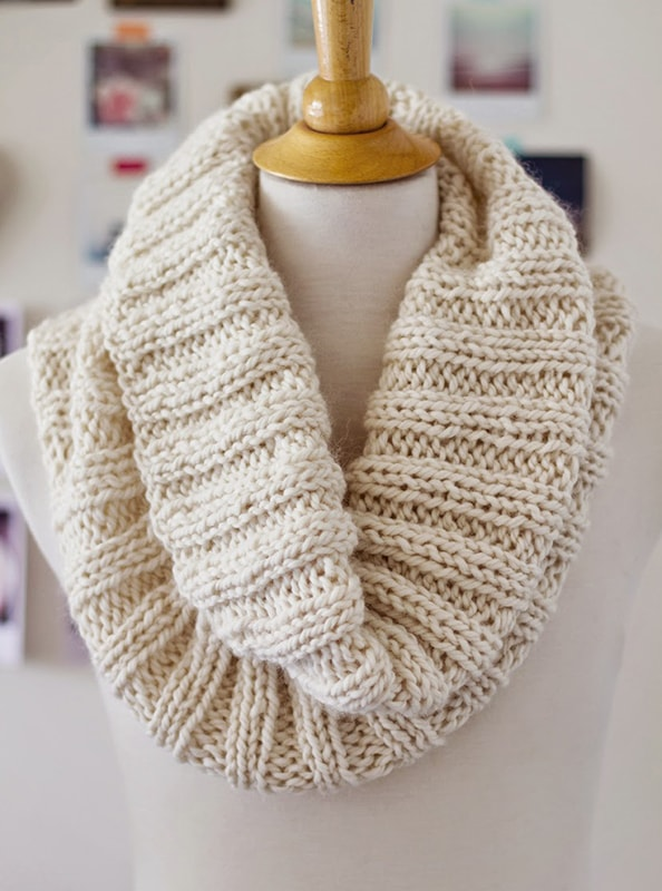 Cosy-Knit-Ribbed-Scarf