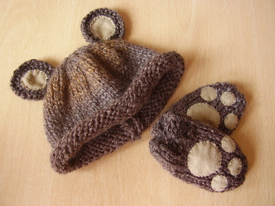 baby bear hat and mittens