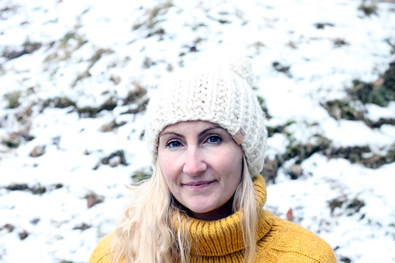 free hat knitting patterns including this white super bulky knit hat