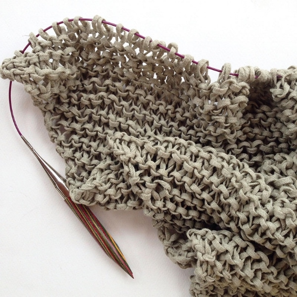 triangle scarf on the needles