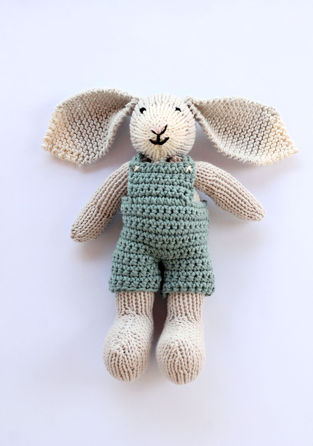 Bunny toy free knitting pattern