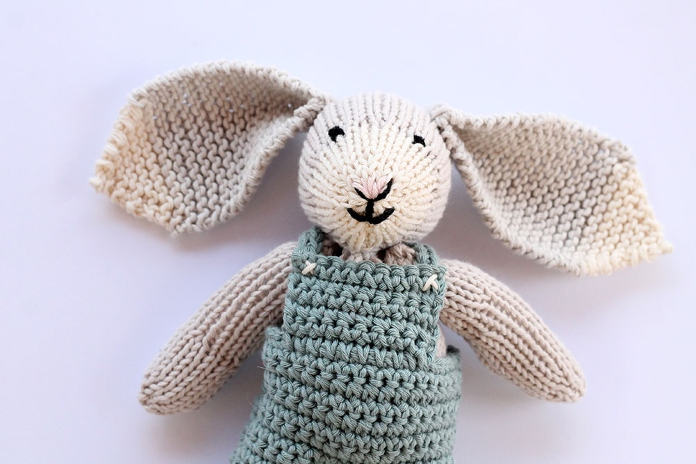 Knit bunny toy pattern