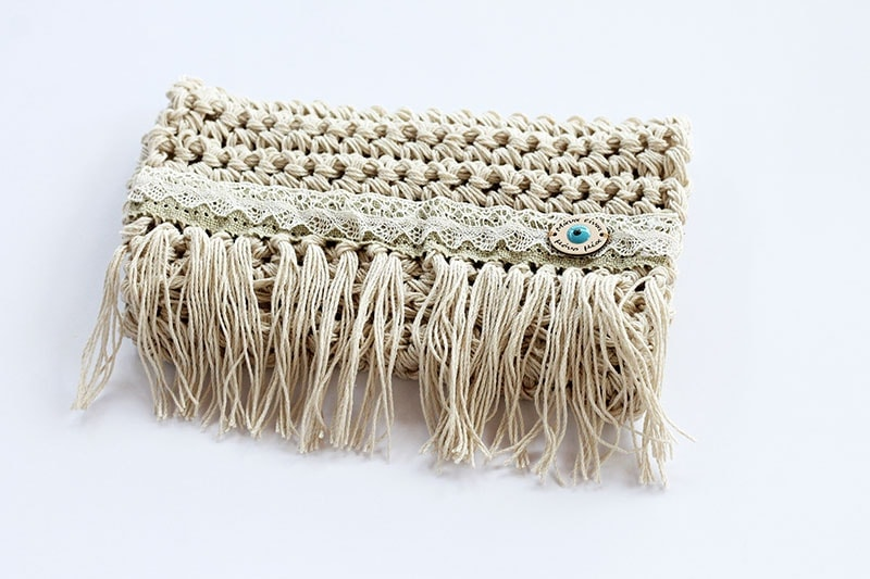 crochet clutch pattern.