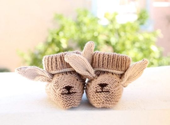 Bunny baby booties pattern