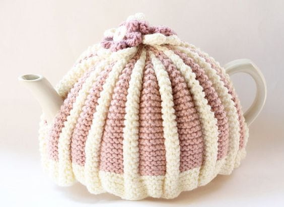 Tea cosy free knitting pattern