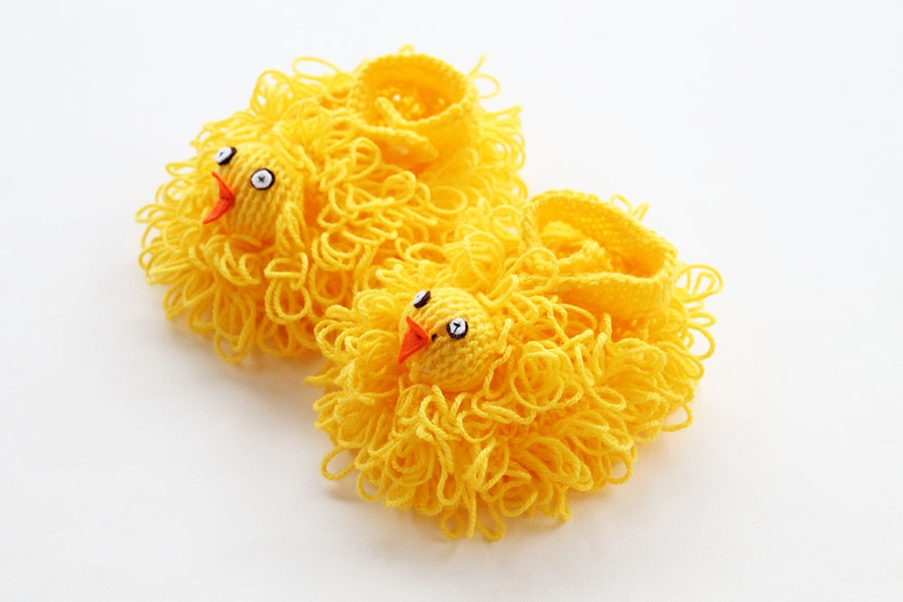 easter chick slippers knit in yellow yarn