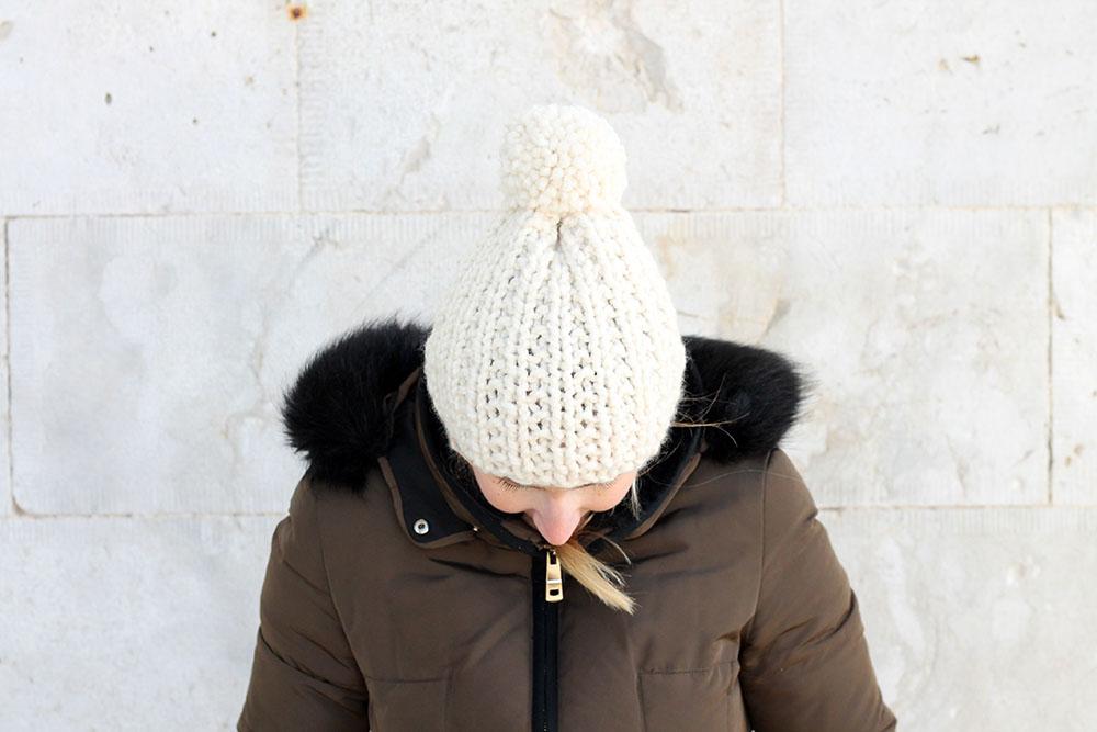 easy womens hat knitting pattern