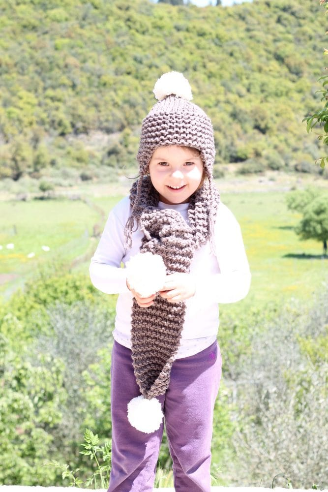kids knitted hat and scarf