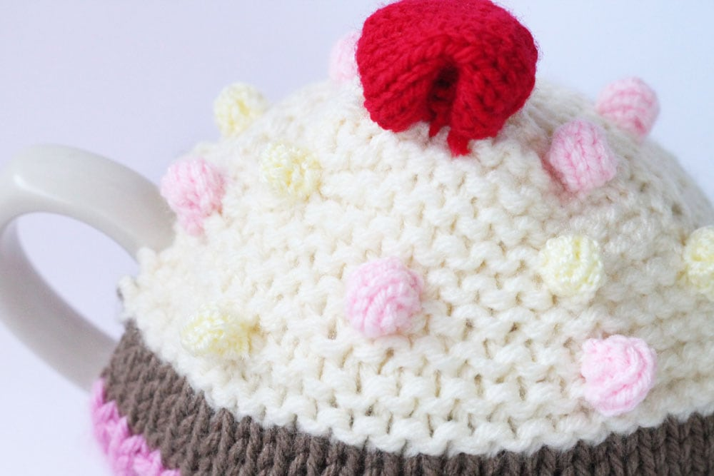 knitted bobbles close up