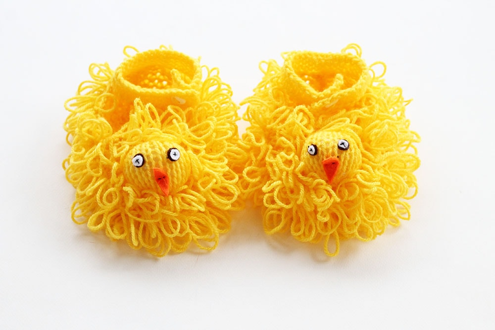 Easter chick slippers knitted in yellow yarn